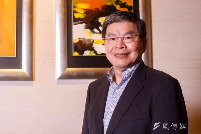 國泰金控總經理李長庚指出,台股從去年3月迄今走了一整年的多頭,即使有較大的回檔,但有基本面支撐,不至於崩盤。(蔡親傑攝)