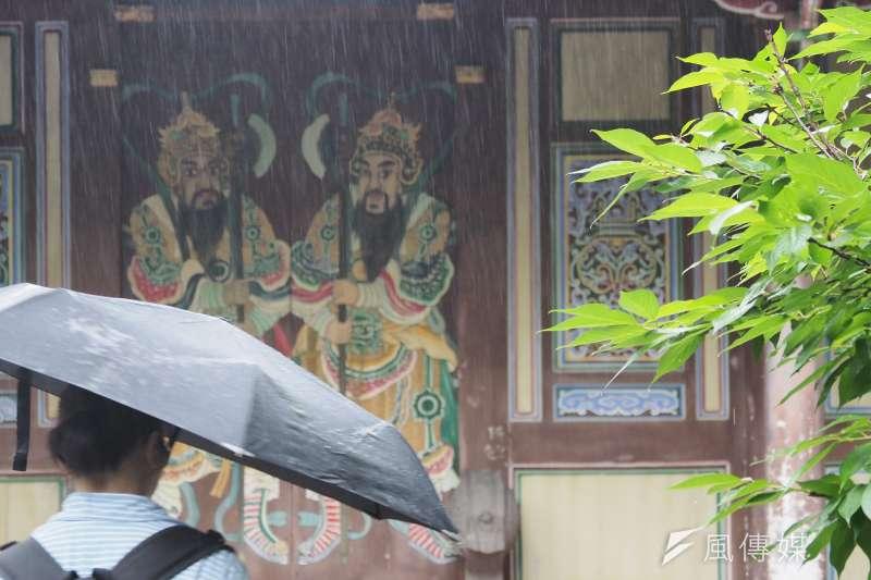 多個縣市27日下起綿綿細雨, 水利署表示:「雨有下對地方」,其中南投日月潭與霧社水庫進帳最多,增20萬噸水量。(資料照,柯承惠攝)