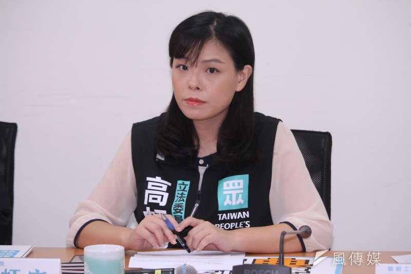 民眾黨立委高虹安認為,台灣疫苗覆蓋率低,政院卻稱台灣3+11防疫規範比韓國、新加坡、澳洲等國高,是在為自己塗脂抹粉。(資料照,蔡親傑攝)
