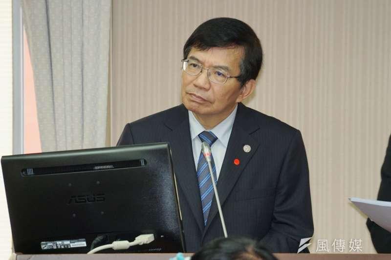 交通部長王國材28日於交通委員會備詢。(盧逸峰攝)