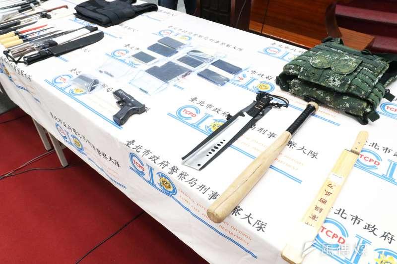 20210506-台北市警局刑警大隊6日召開記者會,宣布破獲黑幫不法討債活動。(蘇仲泓攝)