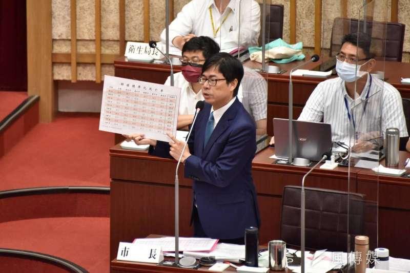 高雄市長陳其邁今日前往市議會進行環境汙染防制作為專案報告。(圖/徐炳文攝)