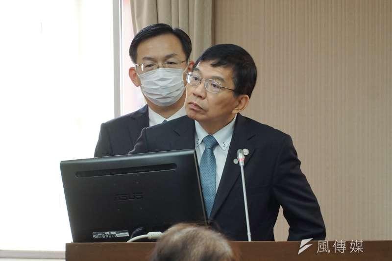 交通部長王國材10日於立法院備詢。(盧逸峰攝)