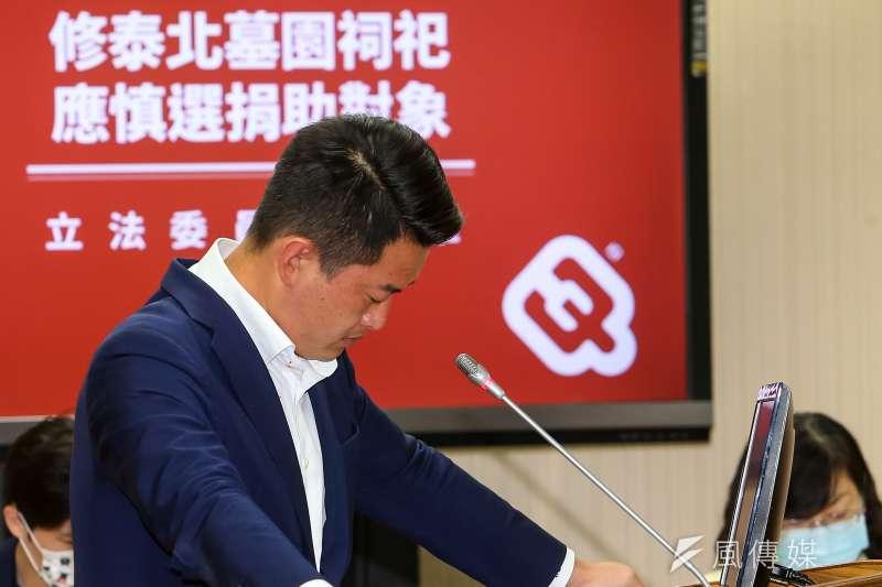 資深媒體人趙少康批評,台灣基進立委陳柏惟(見圖)身為國防委員會委員,多次在質詢時鬧笑話。(資料照,顏麟宇攝)