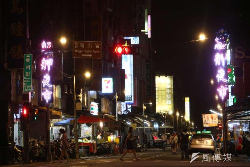 20210514-萬華夜市,艋舺夜市街道空景。(顏麟宇攝)