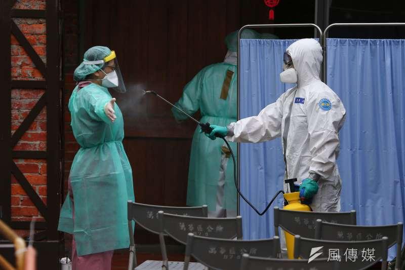 疫情嚴峻,台灣今日新增180例新冠肺炎(武漢肺炎)本土案例。(資料照,顏麟宇攝)