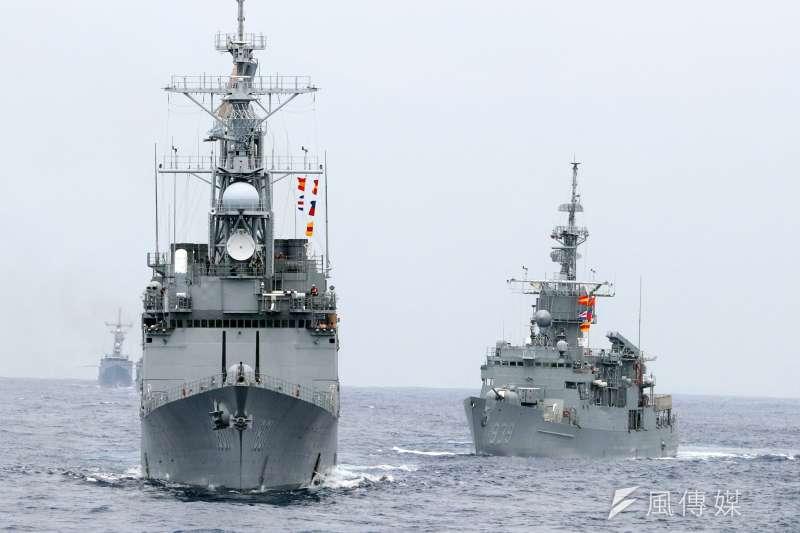 20210515-國防部長邱國正公開宣示,未來作戰區指揮官可以指派海、空軍將領出任,此舉有助打破當前不合時宜的「大陸軍」現象,亦能讓海、空軍得到更多重視。(蘇仲泓攝)