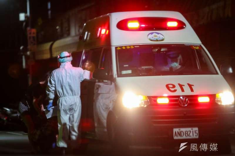 本土疫情雖有減緩,但雙北仍是疫情熱區,截至13日,全台已累積747名新冠肺炎確診死亡個案,高死亡率引發關注。示意圖。(資料照,顏麟宇攝)