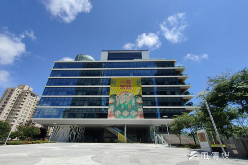 即日起高市圖總館與各分館將配合關閉至5月28日。(圖/徐炳文攝)