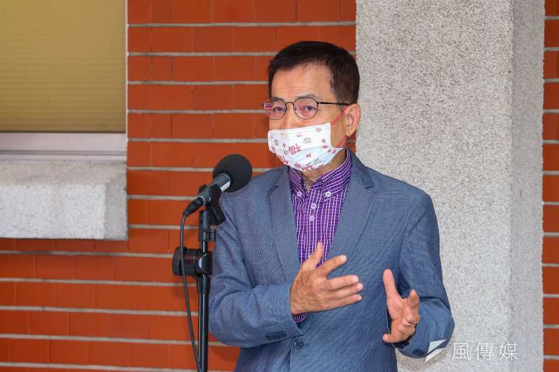20210518-國民黨立委賴士葆18日於立院接受媒體聯訪。(顏麟宇攝)