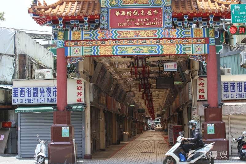 20210523-台北市萬華區是此次疫情的重災區,民眾生活及店家生意都受到波及。(柯承惠攝)