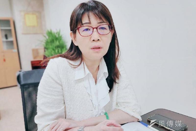毒防局長林瑩蓉表示,疫情期間希望透過線上服務,繼續溫馨陪伴藥癮者或一般民眾在疫情期間無法面對面的限制,陪伴關懷與鼓勵不間斷。(圖/徐炳文)