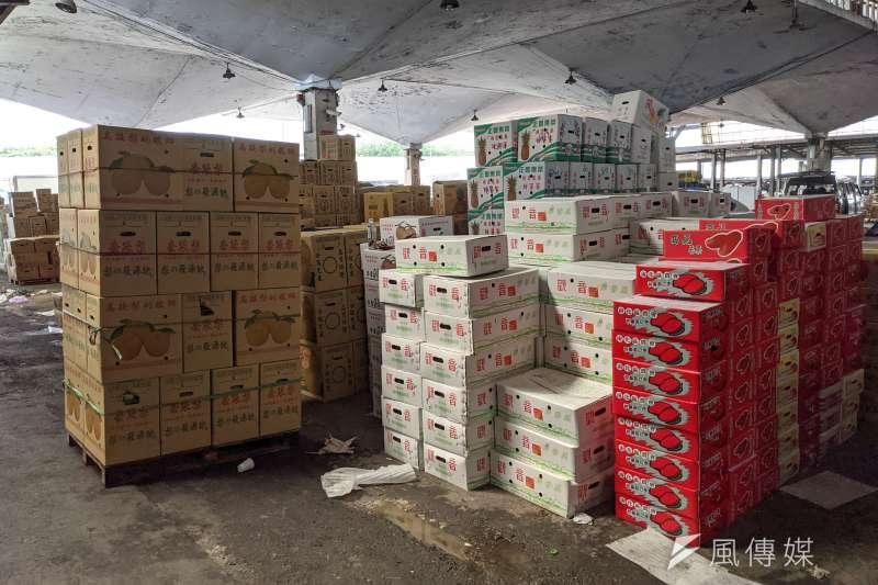 20210624-北農第一果菜批發市場24日未持陰性檢驗證明之從業人員不得進場。(顏麟宇攝)
