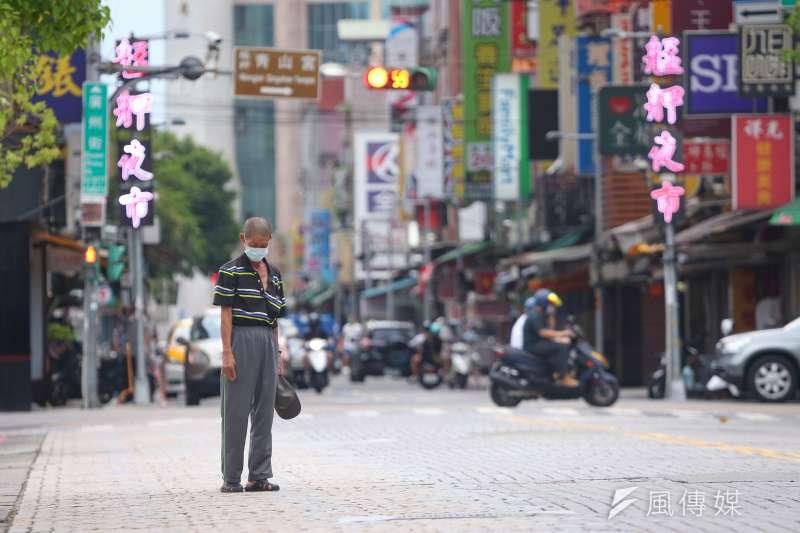 沈政男認為,疫情只是一個隱喻,目的是要讓台灣脫胎換骨,大家經營國家的方式必須在防疫過程裡得到自省。(資料照,顏麟宇攝)
