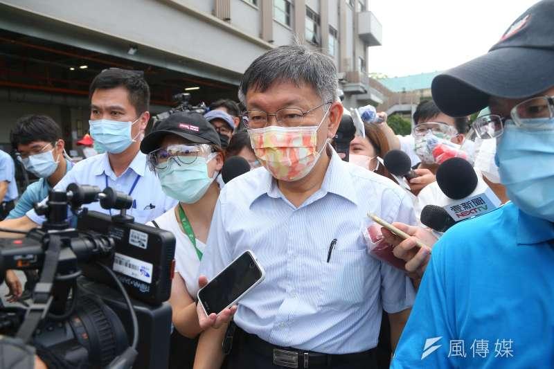 台北市長柯文哲(見圖)7日接受中廣董事長趙少康專訪,談及2024總統大選。(顏麟宇攝)