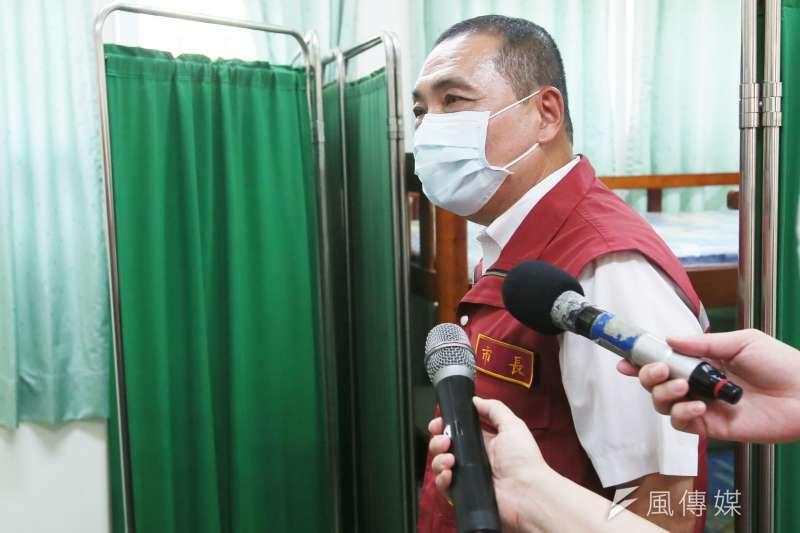 台北市議員羅智強在臉書發文表示,「又看到磨刀霍霍準備帶風打侯的氛圍」。圖為新北市長侯友宜。(資料照,柯承惠攝)