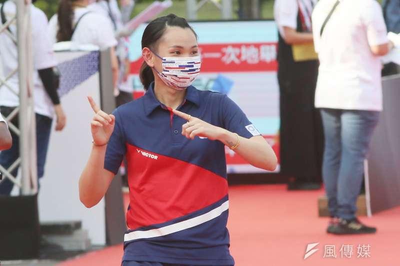 20210901-總統府1日舉行東京奧運中華代表團「Our Heroes!台灣英雄 凱旋派對」,圖為中華奧運選手載資穎進場。(柯承惠攝)
