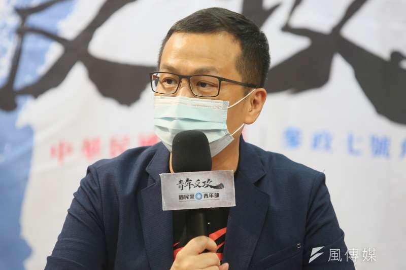 國民黨台北市議員羅智強(見圖)表示,看到張亞中可能當主席,「再一次看到一個毀滅性的國民黨悲劇正快速成型」,引發網友兩極討論。(資料照,柯承惠攝)