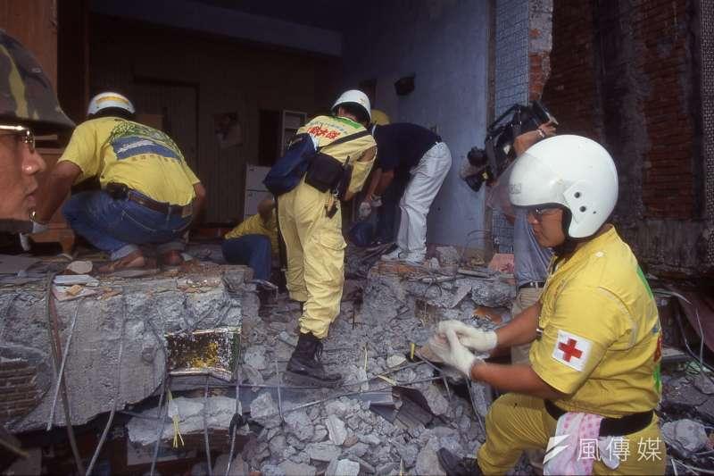 正當九二一大震發生後,台灣極需救災量能之時,北京卻阻止俄羅斯救災隊來台。(新新聞資料照)