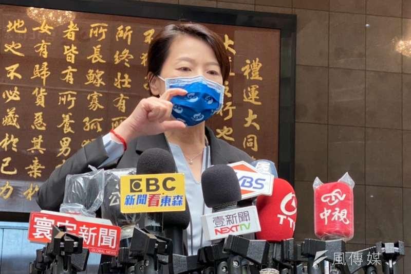 針對烤肉防疫規定,台北市副市長黃珊珊14日上午受訪時做出回應。(方炳超攝)