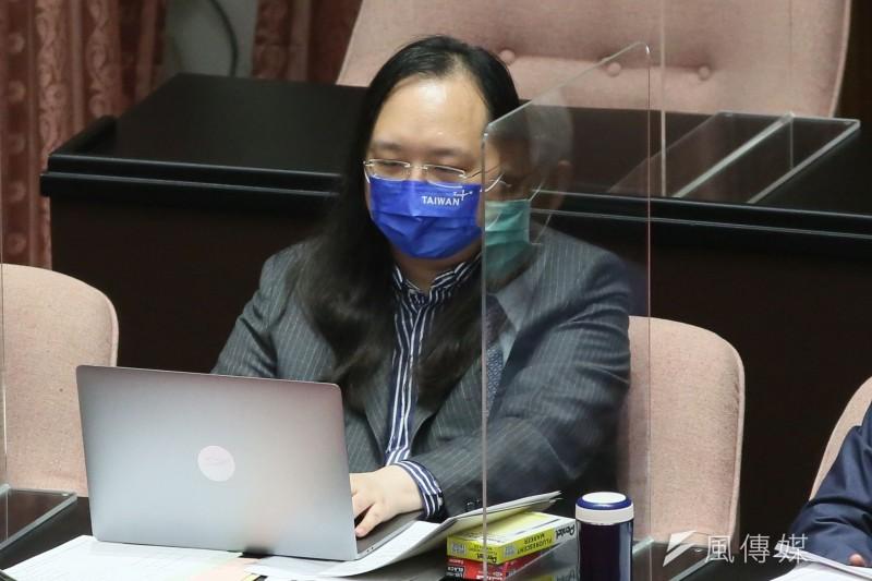 政務委員唐鳳的五倍券教學影片「唐鳳獸」惹非議。(資料照,柯承惠攝)