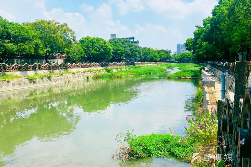 「豆子埔溪」整治及環境美化,逐步讓竹北市母親河能重現昔日風景。(圖/方詠騰)