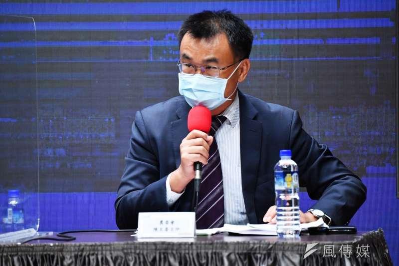 行政院23日召開會後記者會,說明申請加入CPTPP政策背景,農委會主委陳吉仲針對是否開放日本核食進行解釋。(行政院提供)