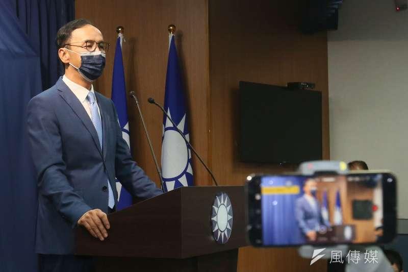 國民黨主席當選人朱立倫在中央黨部發表談話。(資料照,柯承惠攝)
