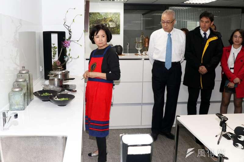 針對人頭黨員爭議,前副總統吳敦義的夫人蔡令怡,今日表示國民黨中央應該要處理。(資料照片,蘇仲泓攝)