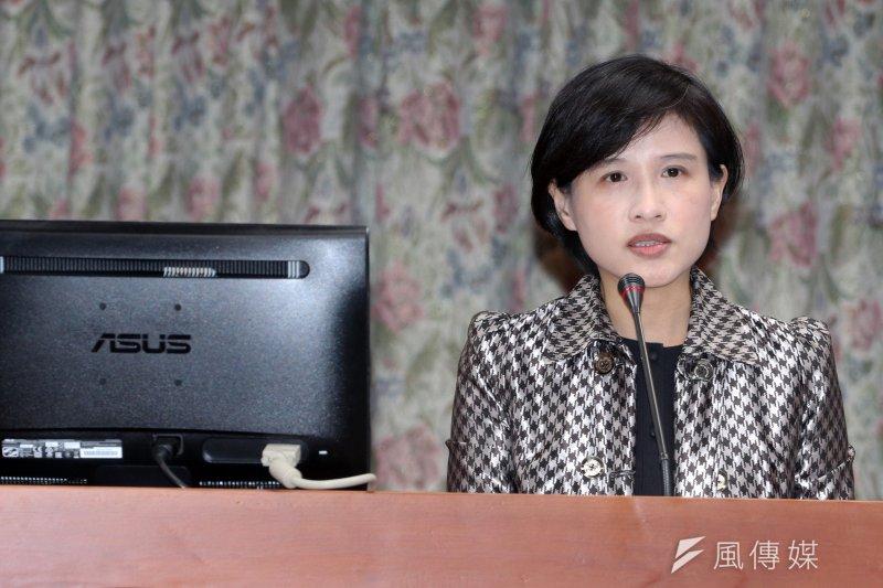 文化部長鄭麗君表示,轉型正義不分左右、不分統獨、不分族群,她也希望大家不要有意識形態的包袱,回到人權的價值。(蘇仲泓攝)