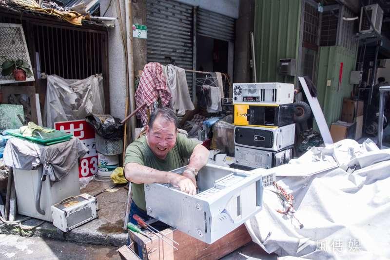 蘭州國宅居民許多為租戶,許多在清潔隊工作或者做資源回收。