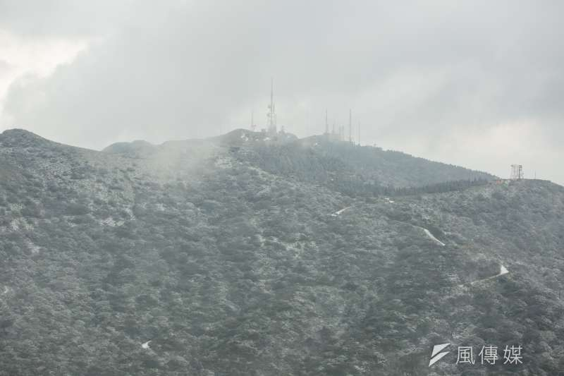 22日起的強烈寒流除了讓陽明山降雪外,也凍壞台灣各地的農產品,損失已經超過33億新台幣。(資料照,顏麟宇攝)
