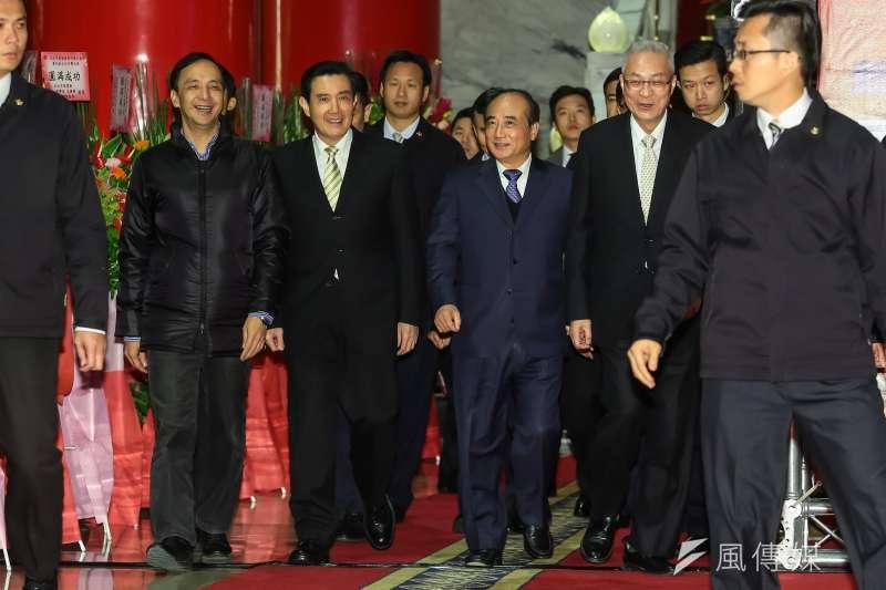 國民黨總統提名初選決定大選結束。圖為朱立倫、馬英九、王金平、吳敦義一同出席國民黨高層團結宴。(顏麟宇攝)