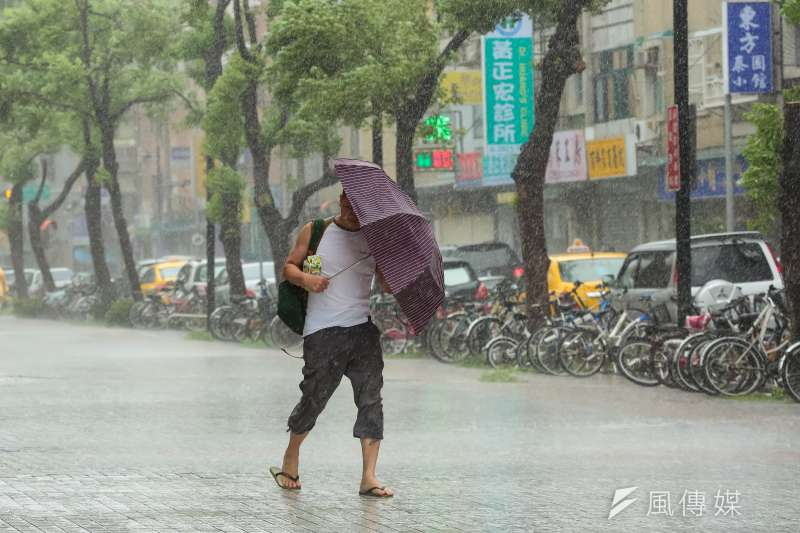 對今年颱風生成數量明顯較少,天氣風險管理公司總監賈新興預測,今年的颱風生成期可能大幅延遲,發生時間「下看至9月上旬後」。(資料照,顏麟宇攝)