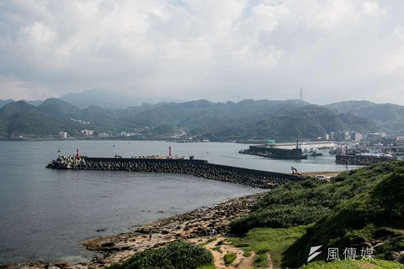 深澳漁港外側未來將成為新電廠運煤港口。(曾原信攝)