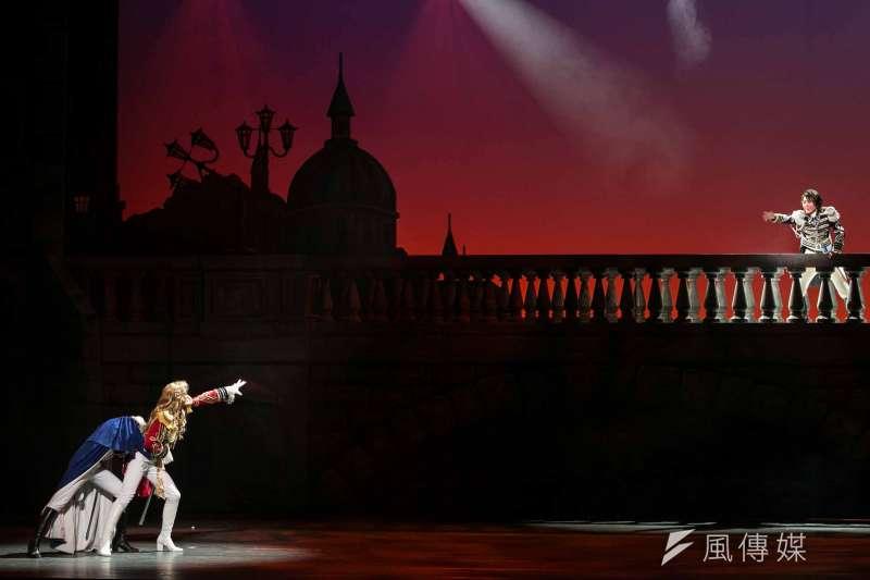 寶塚歌劇團2015台灣公演凡爾賽玫瑰(林韶安攝)