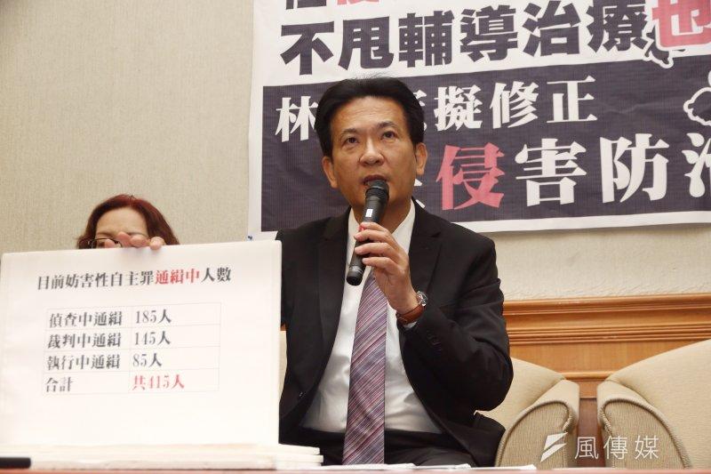 相當關注林奕含案的立委林俊憲認為,陳國星逃得了法律,但逃不了社會無所不在的聲討。(資料照)