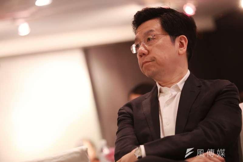 前Google全球副總裁、創新工場董事長李開復發表新書《我修的死亡學分》,說明自己2013年罹癌後所修的7個死亡學分。(林韶安攝)