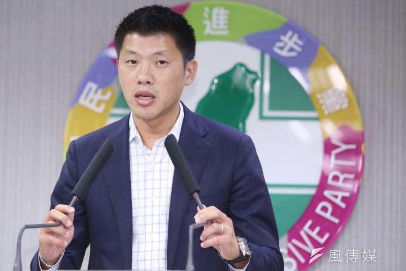 針對國民黨智庫7日發布的民調數據,民進黨發言人王閔生表示,此一民調結果與台灣社會的主流認知宛如平行時空。(資料照,林韶安攝)