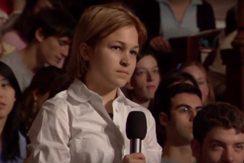 哈佛透過「以一敵百」的辯論方法,訓練出懂得與失敗共處的國際級領導者。(圖/截取自YouTube)