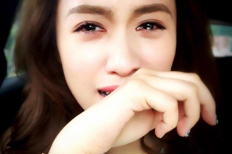 Sandy: 我看玩很大笑不出來,因為努力被玩的是我的爸爸。(圖/吳姍儒 Sandy Wu臉書)