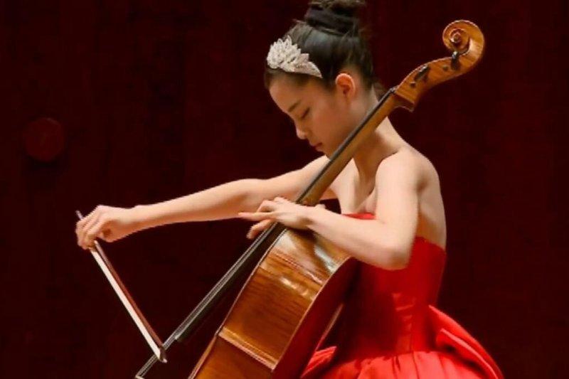 音樂系常常給人文靜、有氣質的印象,但事實上...(圖/擷取自歐陽娜娜粉絲專頁)