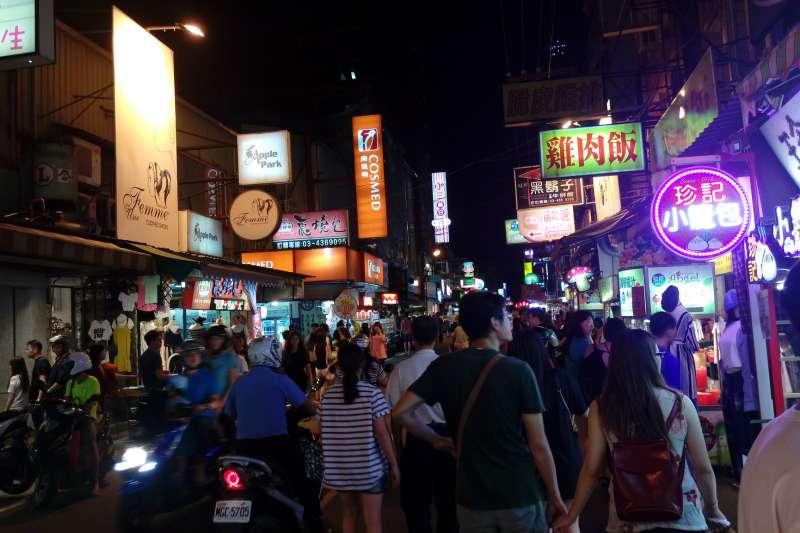 精選八家在中原夜市屹立不搖、人氣長紅的美食讓大家去大快朵頤!(圖/Tzuhsun Hsu@flickr)