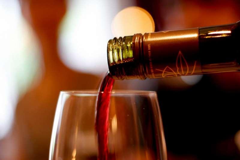 英國公認度最高葡萄酒評論家,所推薦的酒食搭配法。(圖/Tobias Toft@flickr)