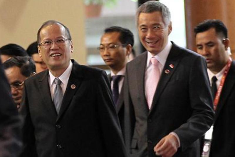 菲律賓總統艾奎諾三世(Benigno S. Aquino III)與新加坡的李顯龍總理。