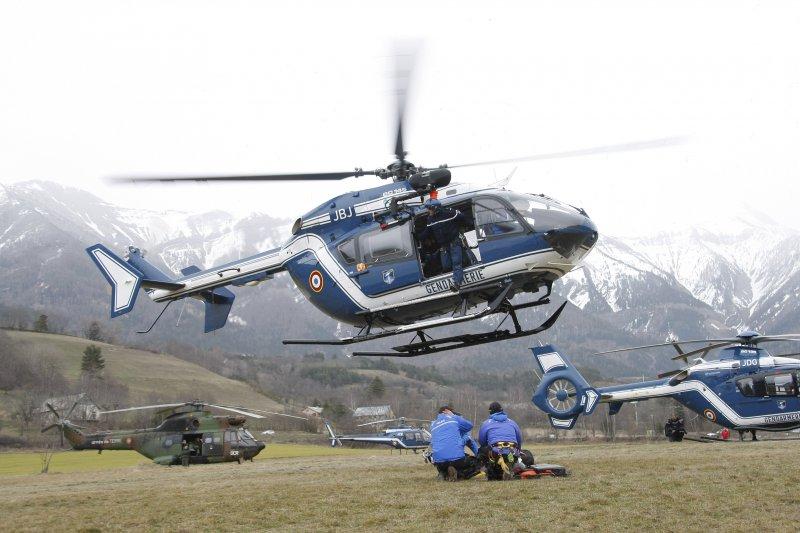 法國阿爾卑斯山空難