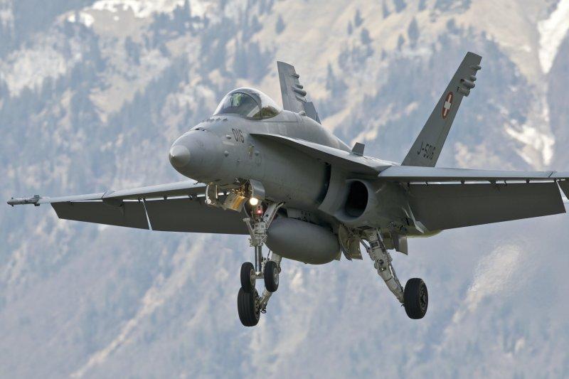 F-18C(圖片來源:Peter Gronemann@Flickr).jpg