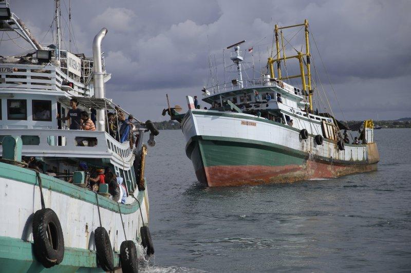 印尼非法漁船。(美聯社資料照)
