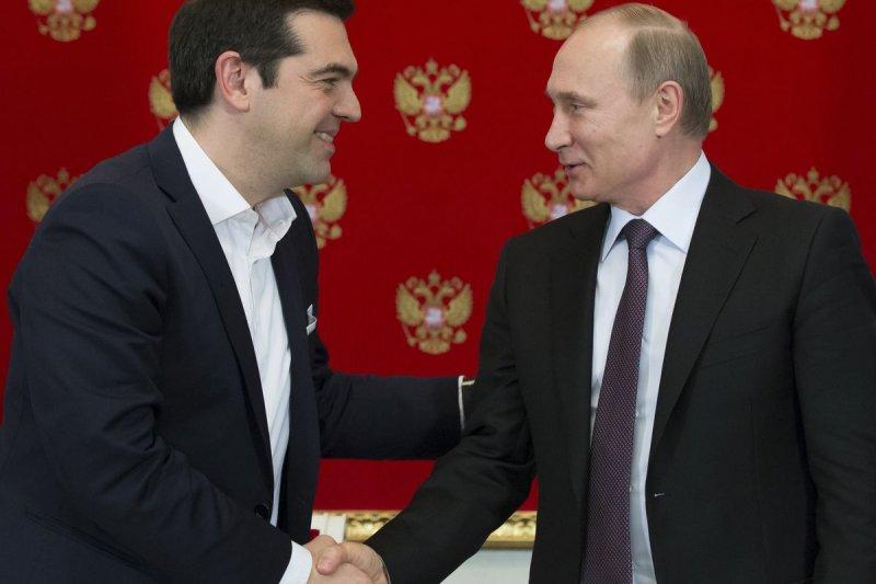 希臘總理齊普拉斯(左)8日於莫斯科拜訪俄羅斯總統普京