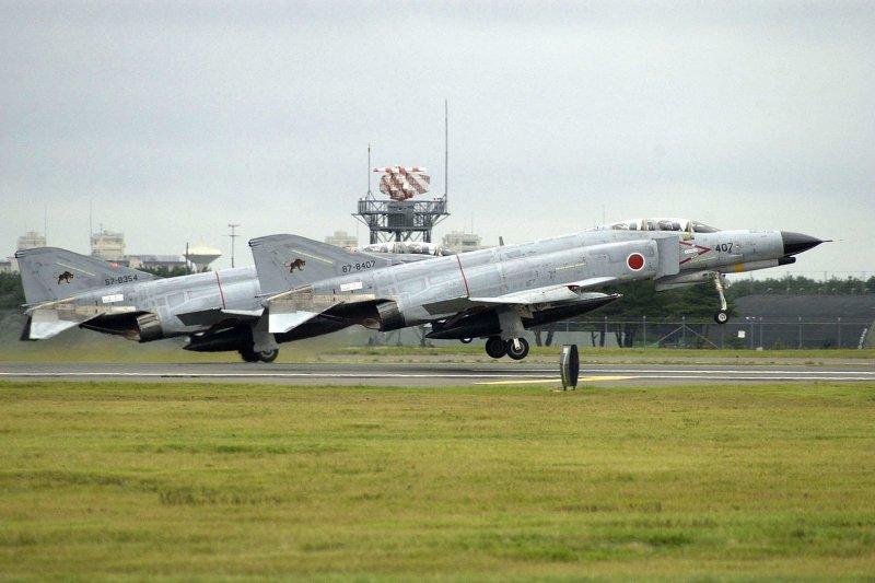 從三澤基地起飛的F-4EJ改。(維基百科)